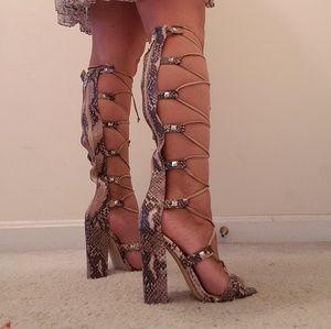 NWOT Guess Snake Print Gladiator Sandals